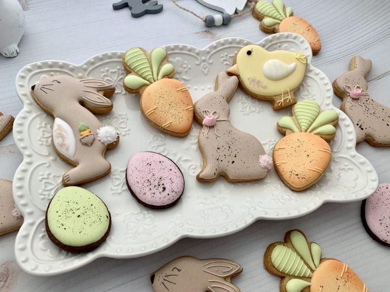Easter 2021   The Biscuit Studio